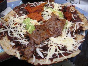tlayudas comida tradicional mexicana platillo oaxaqueño